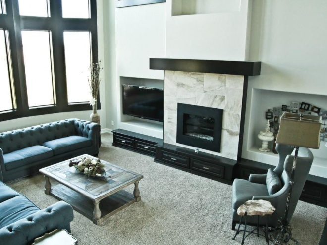 Custom Modern Black and White Fireplace