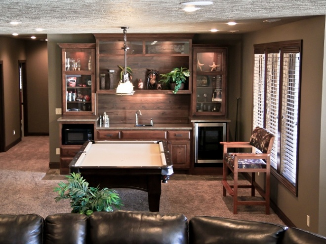 Custom Mini Wet Bar with Pool Table Image